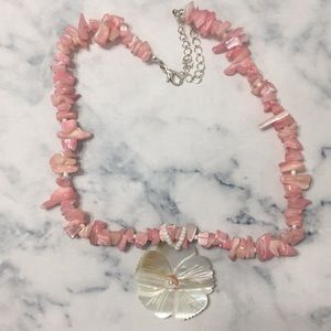 White Shell Flower And Pink Beaded Necklace